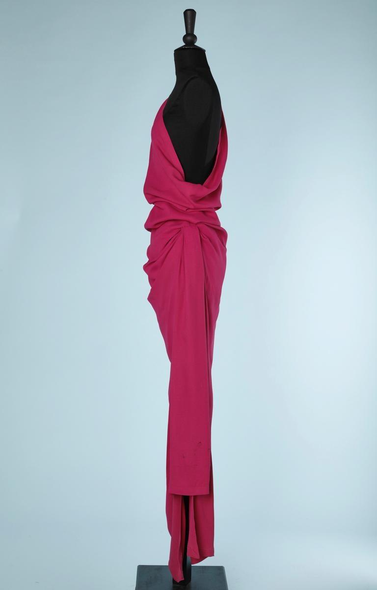 Yves Saint Laurent asymmetrical fuchsia crepe long evening dress In Excellent Condition For Sale In Saint-Ouen-Sur-Seine, FR