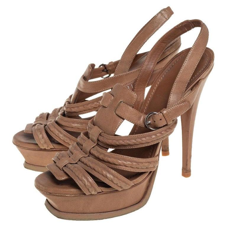 Yves Saint Laurent Beige Braided Leather Hamptons Platform Sandals Size 37 In Good Condition For Sale In Dubai, Al Qouz 2