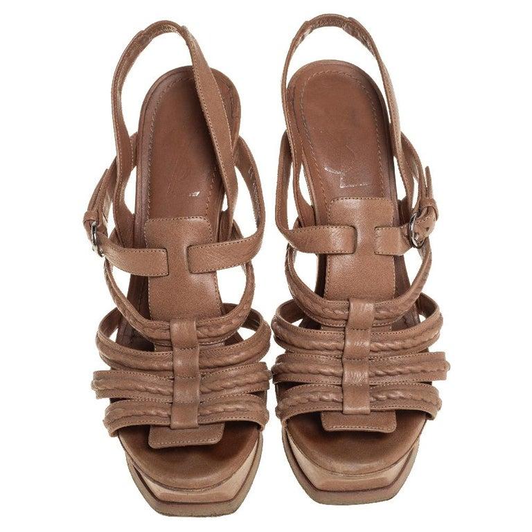 Yves Saint Laurent Beige Braided Leather Hamptons Platform Sandals Size 37 For Sale 1