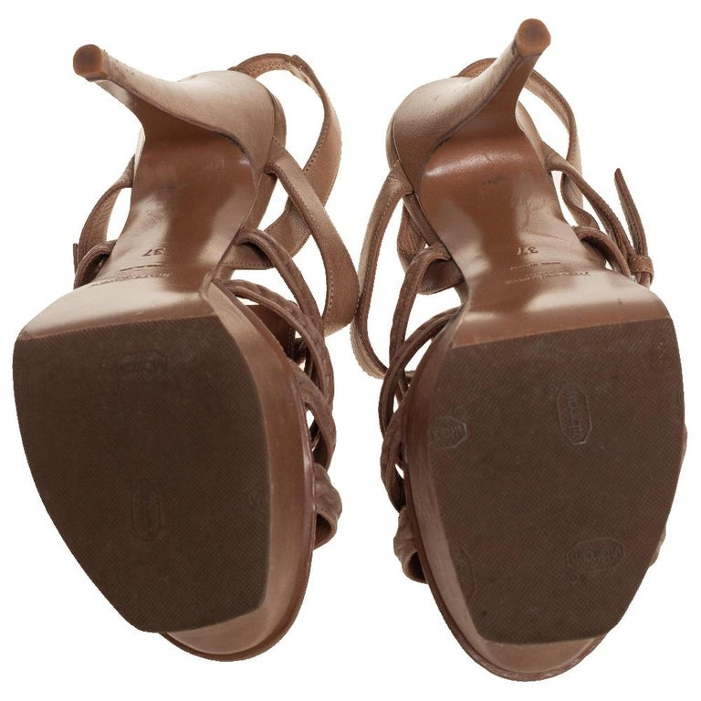 Yves Saint Laurent Beige Braided Leather Hamptons Platform Sandals Size 37 For Sale 3