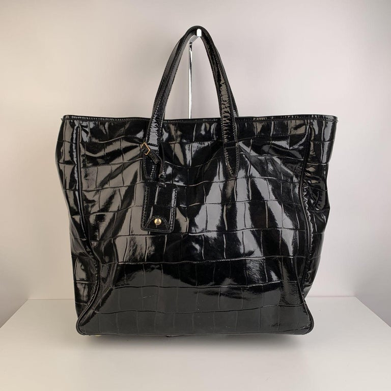 Yves Saint Laurent Black Croc Embossed Patent Leather Raspail Bag In Excellent Condition For Sale In Rome, Rome