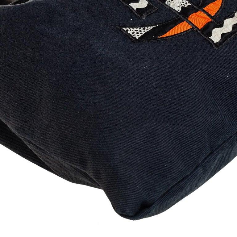 Yves Saint Laurent Black Fabric Kahala Drawstring Tote For Sale 2