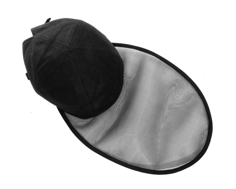 Yves Saint Laurent black linen cap with extra long organza visor, ss 1991 For Sale 3