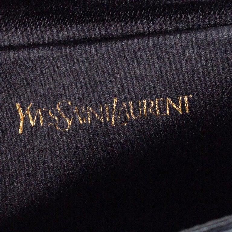 Yves Saint Laurent Black Patent Leather Belle De Jour Flap Clutch For Sale 5