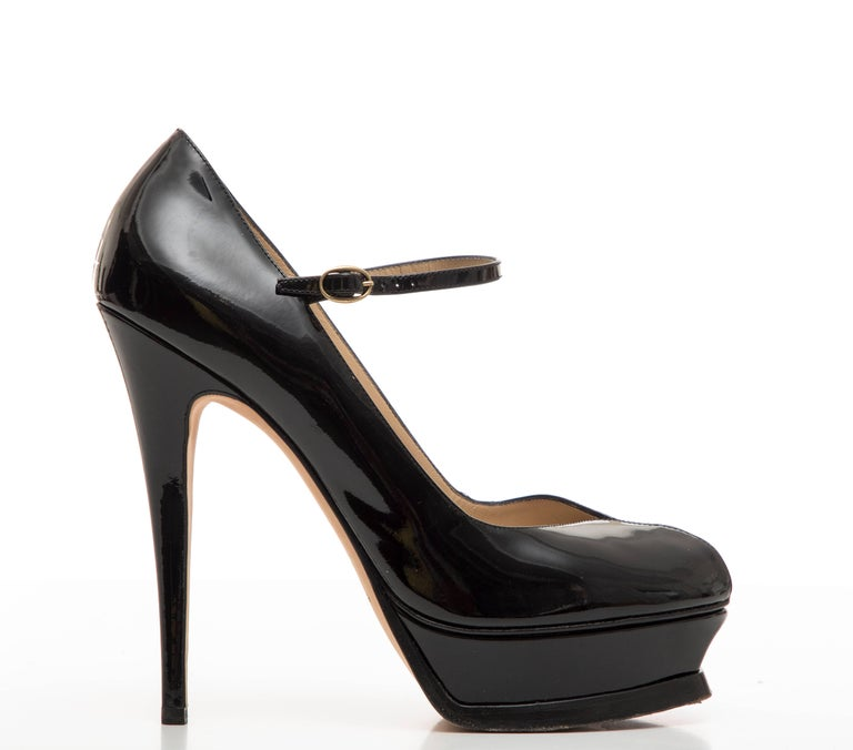 Yves Saint Laurent  black patent leather platform pumps.  IT. 41, US. 11
