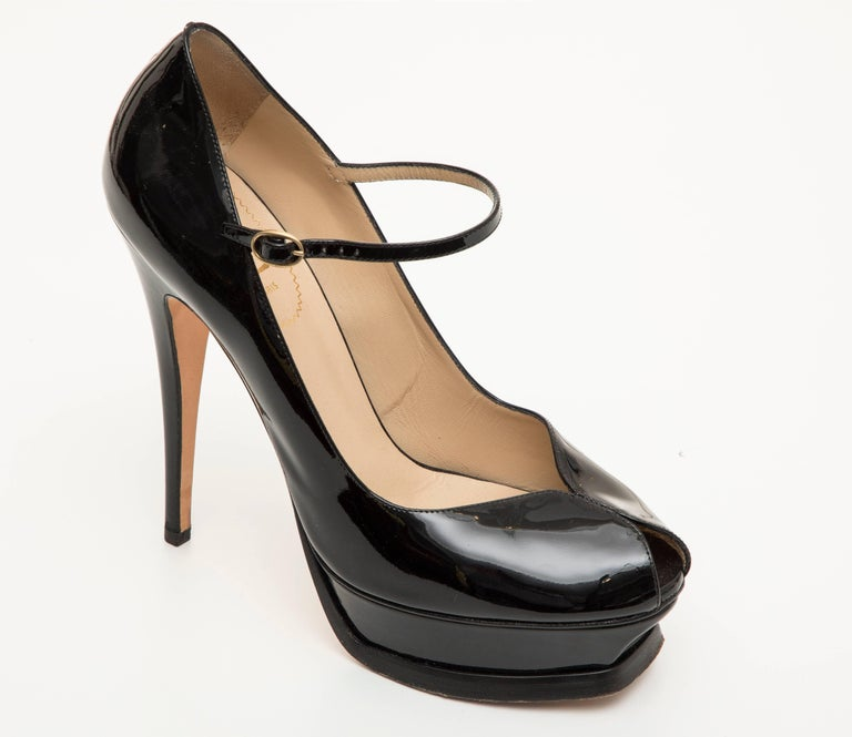 Women's Yves Saint Laurent Black Patent Leather Platform Pumps For Sale