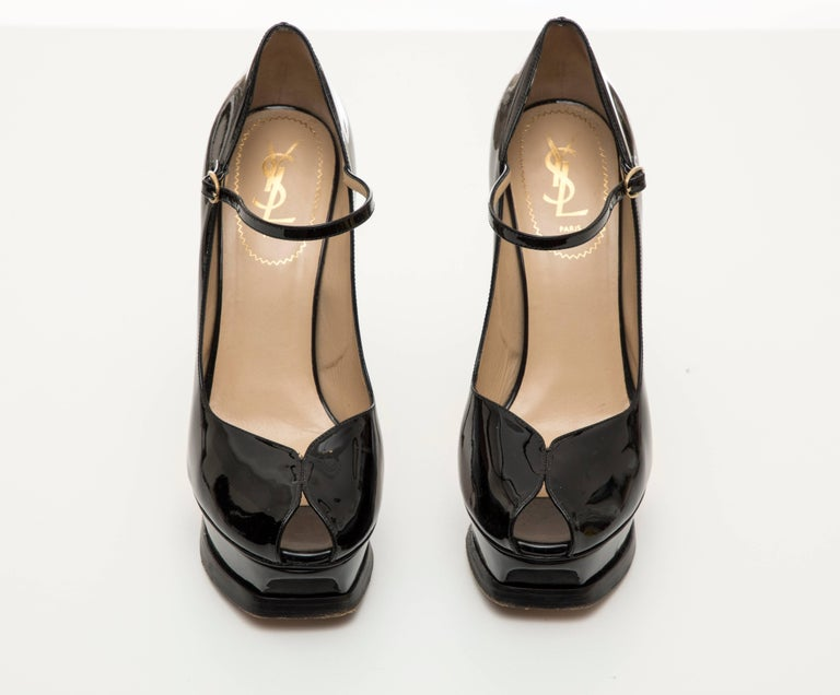 Yves Saint Laurent Black Patent Leather Platform Pumps For Sale 2