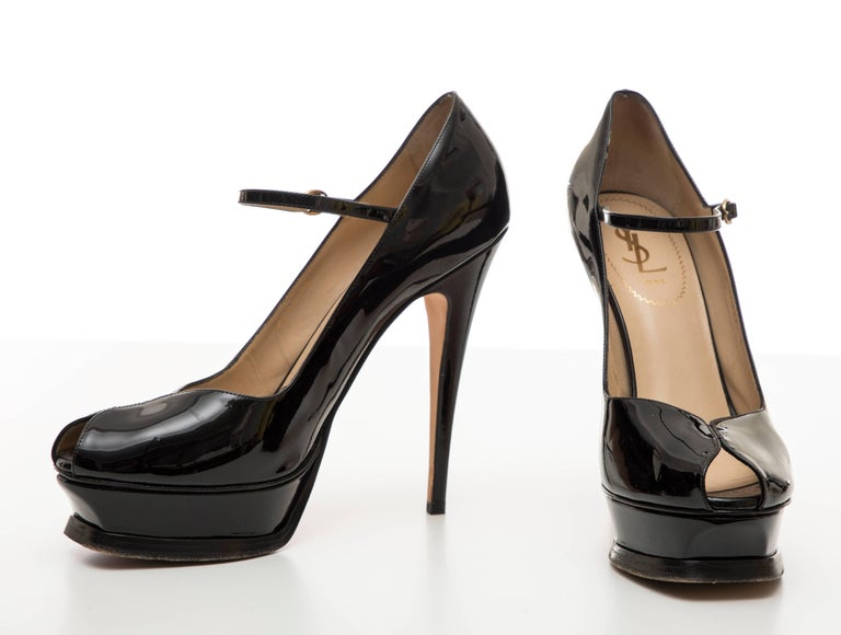 Yves Saint Laurent Black Patent Leather Platform Pumps For Sale 5