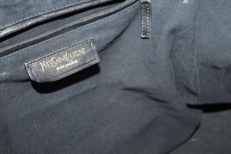 Yves Saint Laurent Black Patent Leather Shoulder Bag For Sale 5