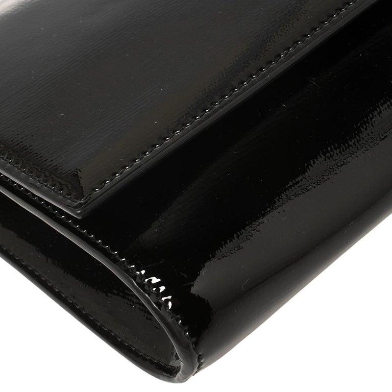 Yves Saint Laurent Black Patent Leather Y-Ligne Clutch For Sale 4