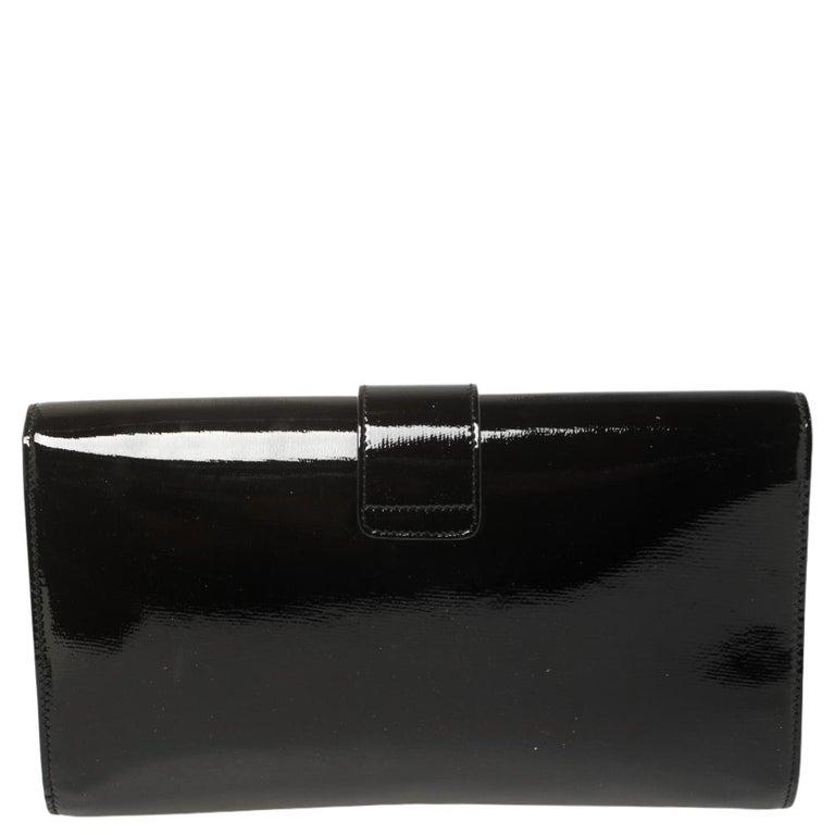 Yves Saint Laurent Black Patent Leather Y-Ligne Clutch For Sale 5