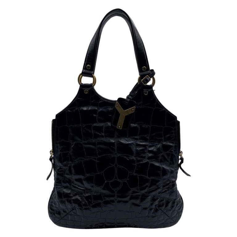 Yves Saint Laurent Black Quilted Leather Metropolis Tribute Bag For Sale