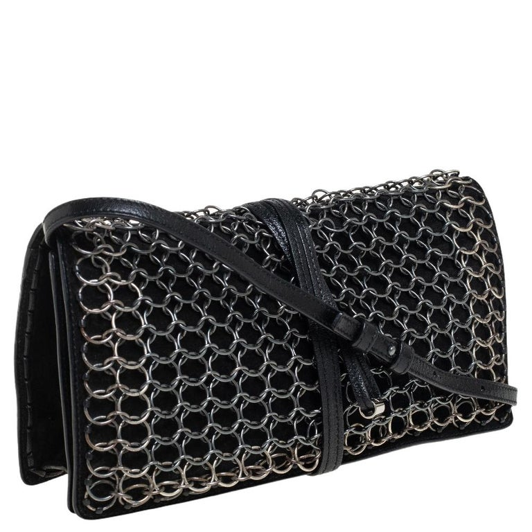 Yves Saint Laurent Black Suede and Leather Chain Link Flap Shoulder Bag In Good Condition For Sale In Dubai, Al Qouz 2