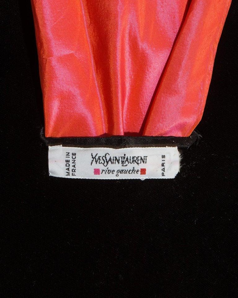 Yves Saint Laurent black velvet saucer hat with orange taffeta ribbon, fw 1995 For Sale 3