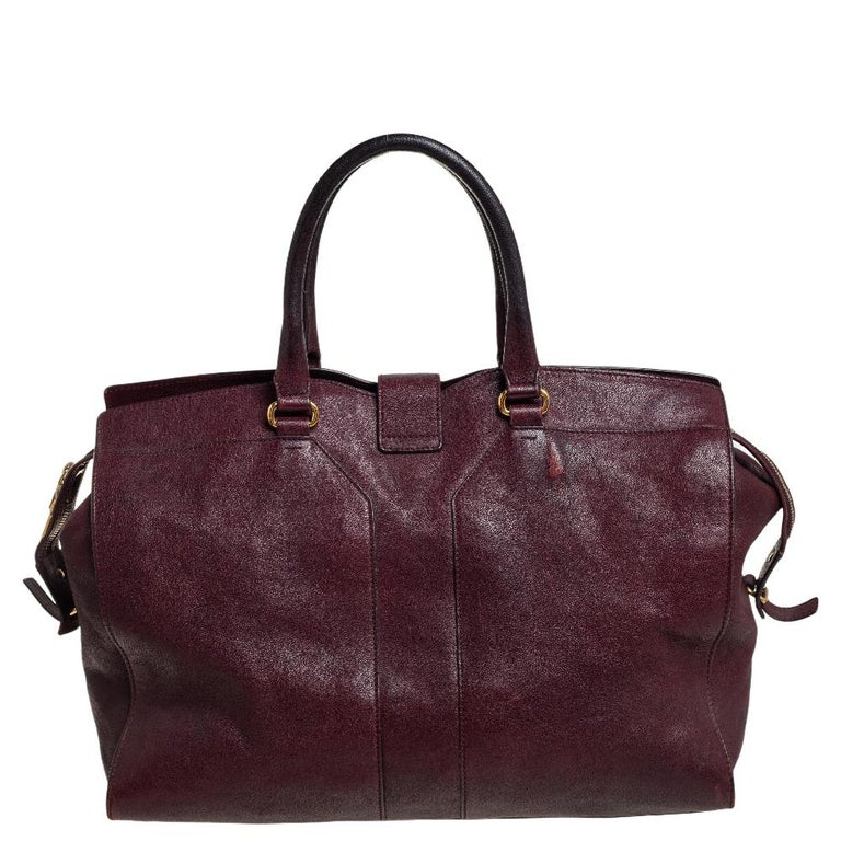 Yves Saint Laurent Burgundy Leather Large Cabas Chyc Tote In Good Condition For Sale In Dubai, Al Qouz 2