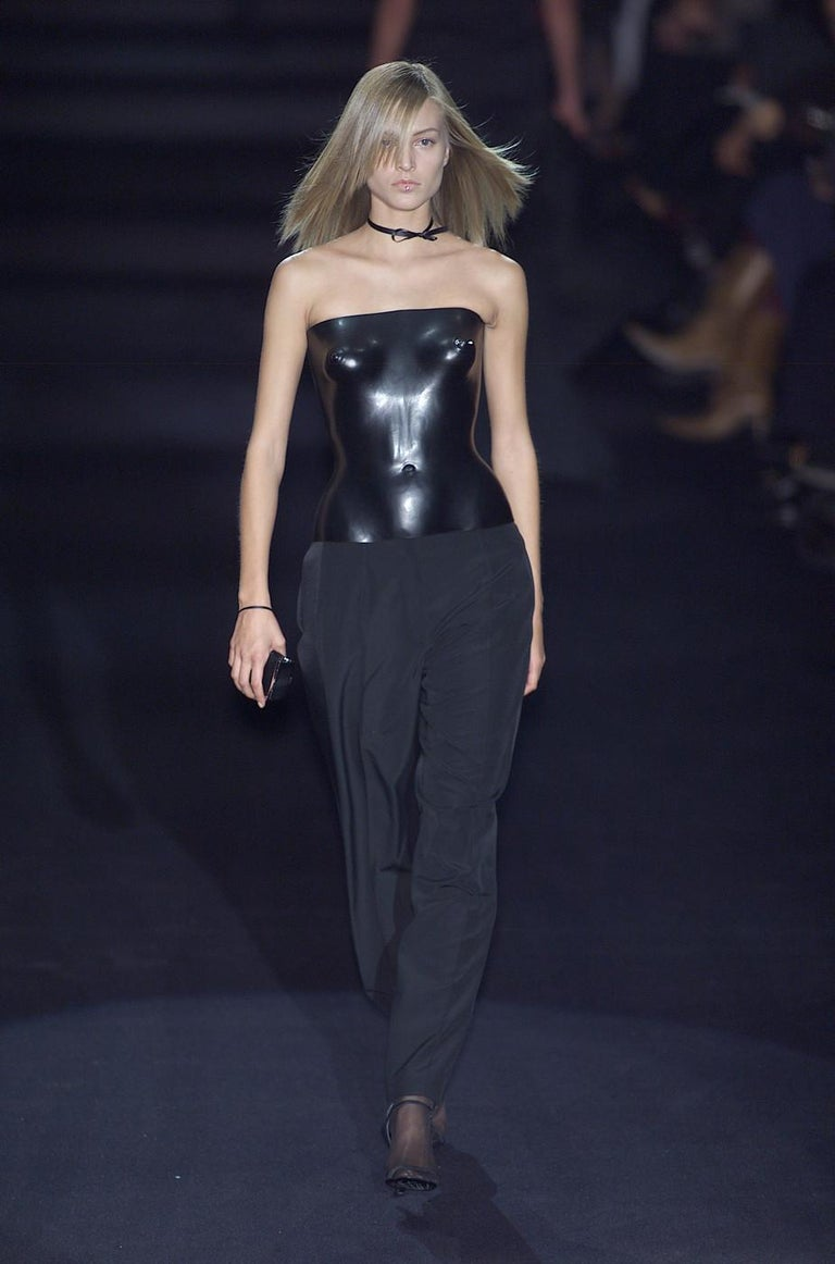 Yves Saint Laurent by Tom Ford black leather corset runway ensemble, ss 2001 In Excellent Condition For Sale In London, GB