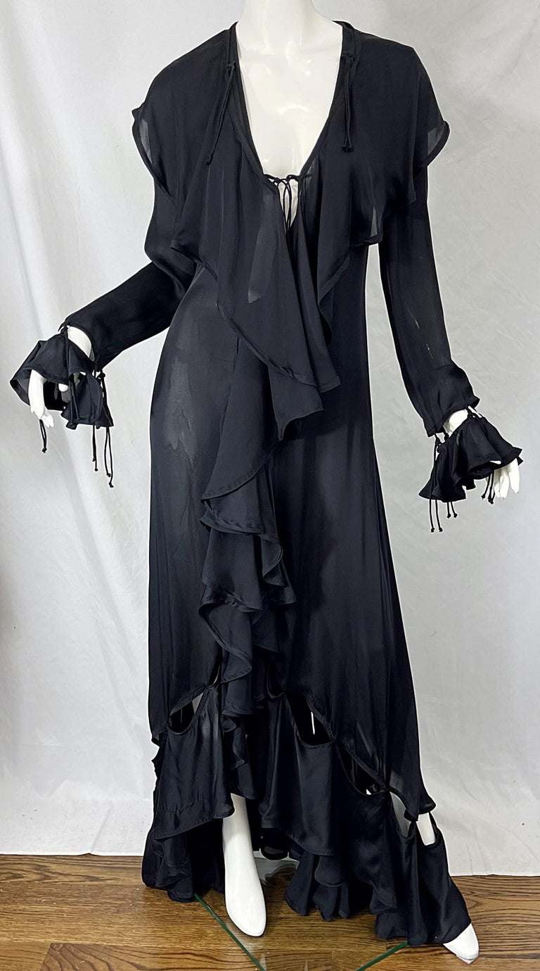 Yves Saint Laurent by Tom Ford Fall 2003 Runway Black Silk Chiffon Gown Size 38 For Sale 7