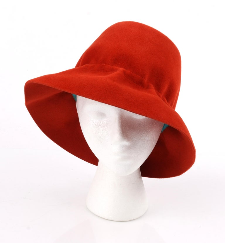 YVES SAINT LAURENT c.1960's YSL Cayenne Red Felted Fur Structured Bucket Hat In Good Condition For Sale In Thiensville, WI