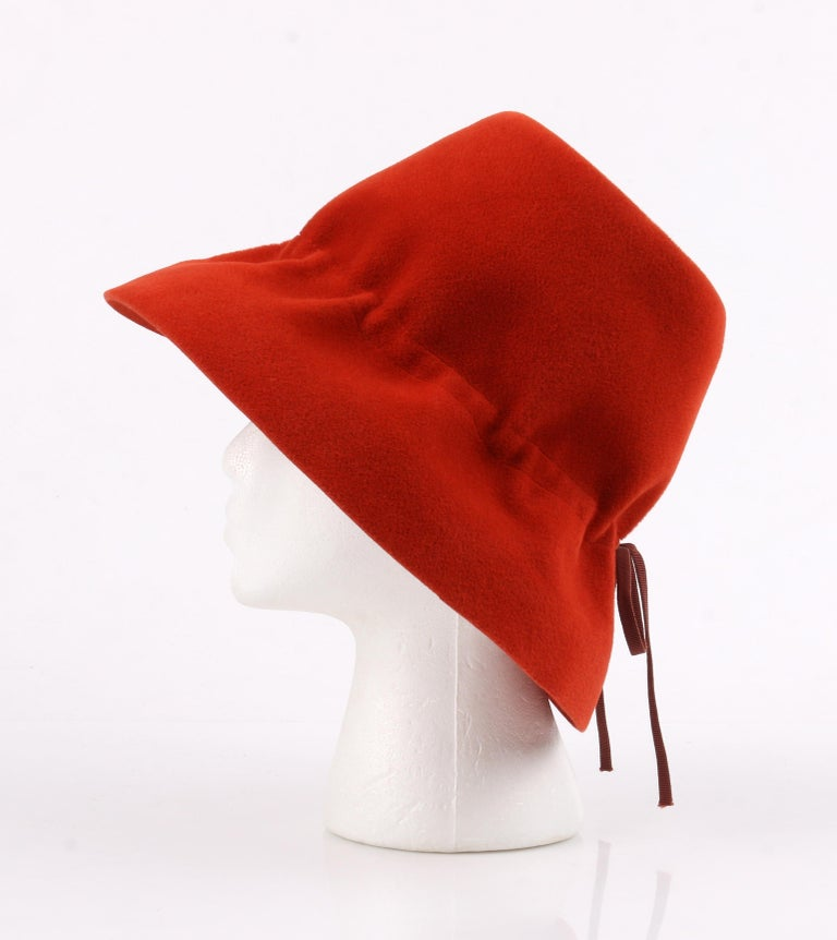 YVES SAINT LAURENT c.1960's YSL Cayenne Red Felted Fur Structured Bucket Hat For Sale 3