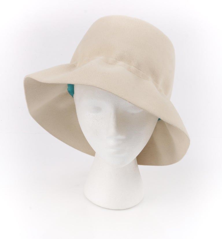 YVES SAINT LAURENT c.1960's YSL Cream Felted Fur Structured Bucket Hat In Good Condition For Sale In Thiensville, WI