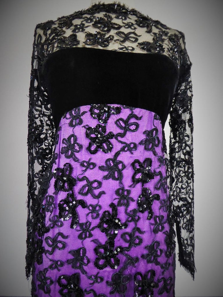 Women's Yves Saint Laurent Couture Evening Gown Lace and Satin n. 59501 Collection 1985 For Sale