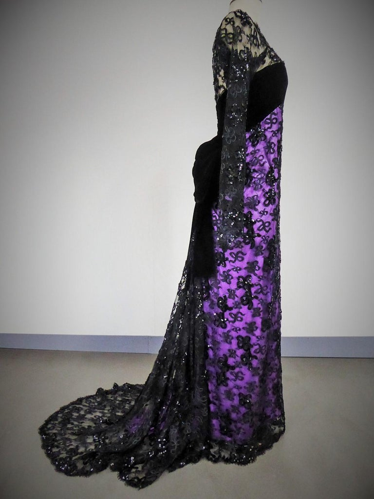 Yves Saint Laurent Couture Evening Gown Lace and Satin n. 59501 Collection 1985 For Sale 4