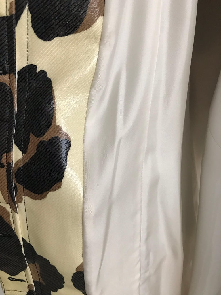 Yves Saint Laurent Creme and Brown Animal Print coat For Sale 6