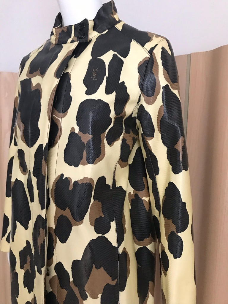 Yves Saint Laurent Creme and Brown Animal Print coat For Sale 8