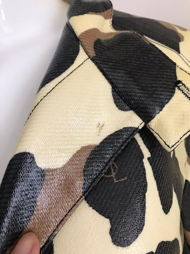 Yves Saint Laurent Creme and Brown Animal Print coat For Sale 9