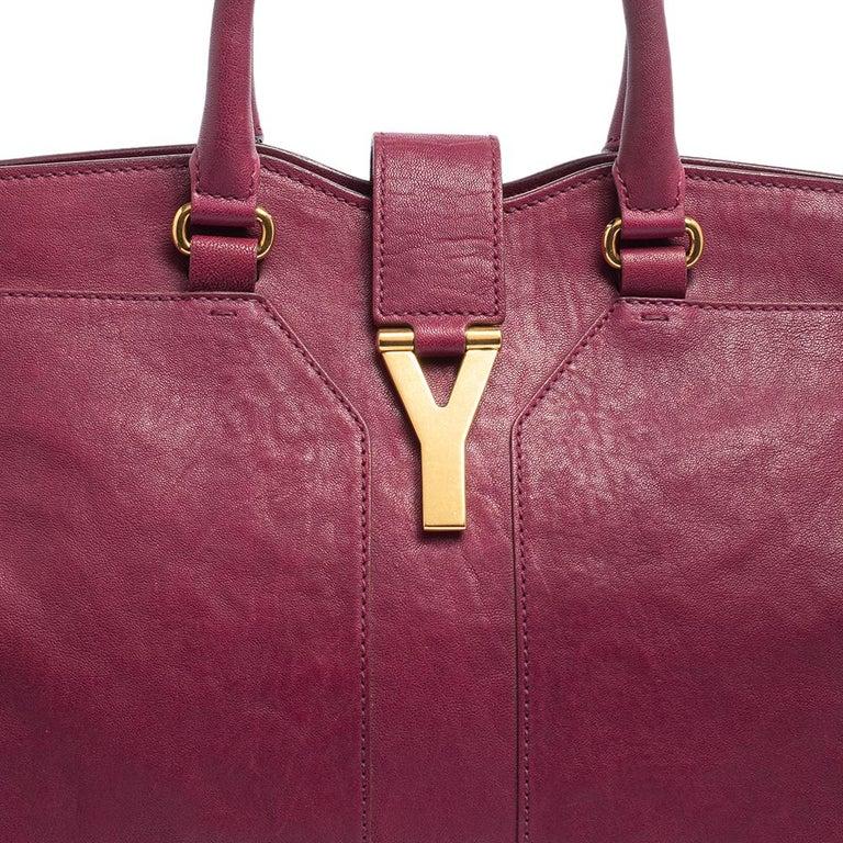 Yves Saint Laurent Dark Fuchsia Leather Medium Cabas Y-Ligne Tote For Sale 2