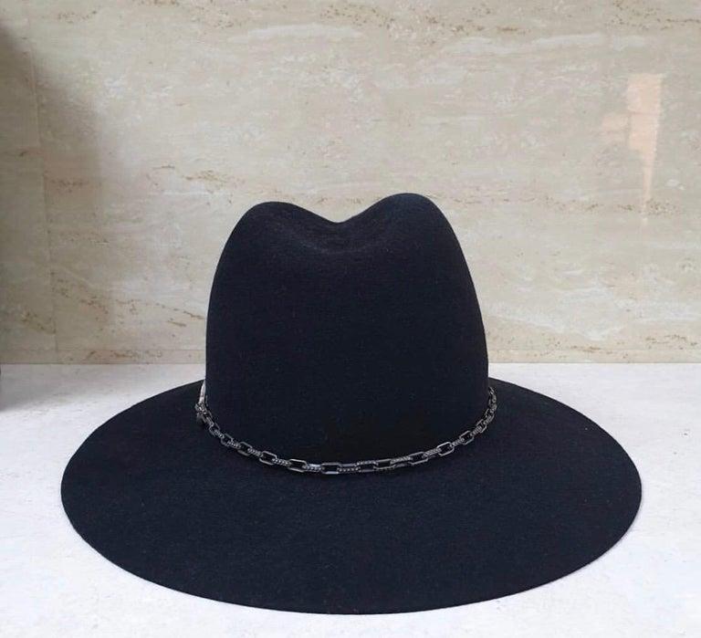 Yves Saint Laurent Diamonds Sapphires Felt Hat In Excellent Condition For Sale In Kiev, UA