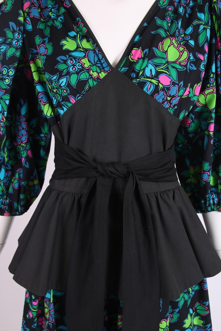 Women's Yves Saint Laurent Floral Print Cotton Day Dress w/Black Peplum & Self Belt For Sale