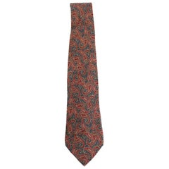 Yves Saint Laurent Green Red Silk Paisley Classic Ceremony Tie 1980s