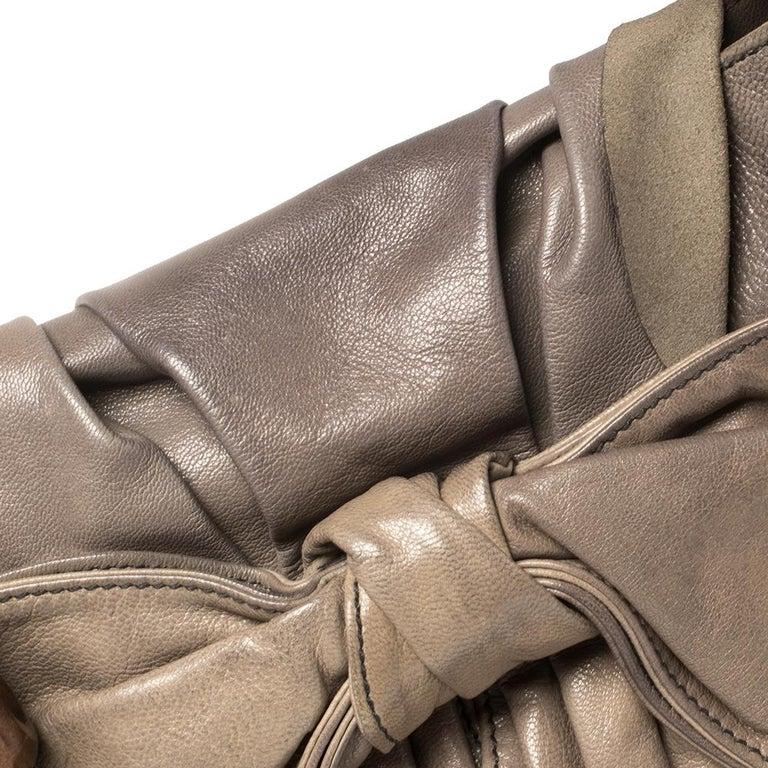 Yves Saint Laurent Grey Leather Sac Bow Hobo For Sale 1