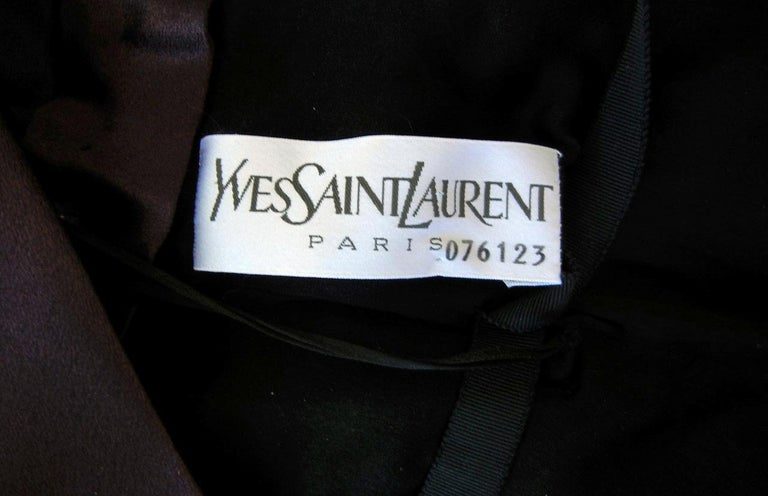 Yves Saint Laurent Haute Couture Grecian Drape Runway Gown  In Excellent Condition For Sale In Los Angeles, CA