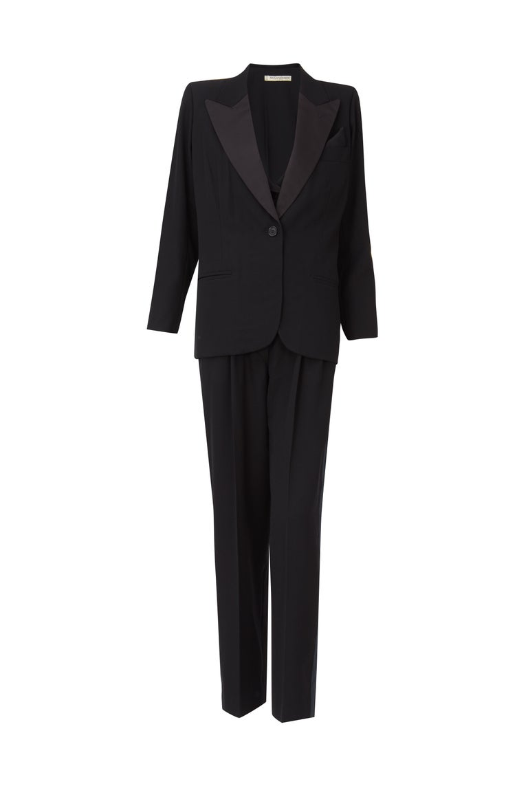Yves Saint Laurent Haute Couture Spring/Summer 1991 Black Smoking  In Excellent Condition For Sale In London, GB