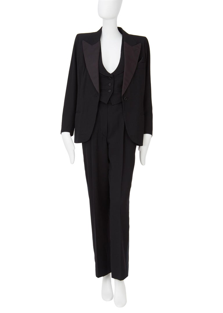 Yves Saint Laurent Haute Couture Spring/Summer 1991 Black Smoking  For Sale 3