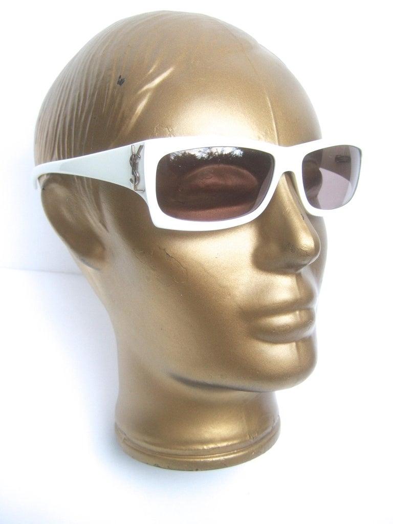 Yves Saint Laurent Italian White Plastic Frame Sunglasses in YSL Case c 1990s For Sale 7