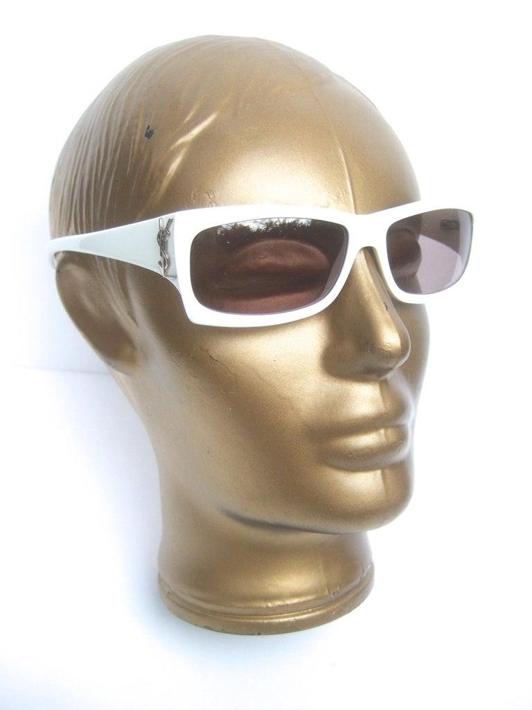 Yves Saint Laurent Italian White Plastic Frame Sunglasses in YSL Case c 1990s For Sale 9