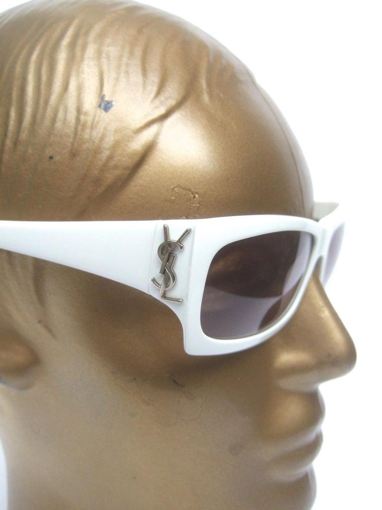 Yves Saint Laurent Italian White Plastic Frame Sunglasses in YSL Case c 1990s For Sale 10