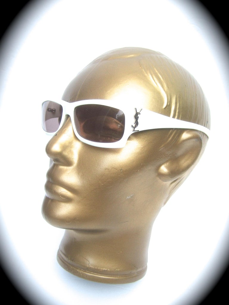 Yves Saint Laurent Italian White Plastic Frame Sunglasses in YSL Case c 1990s For Sale 11