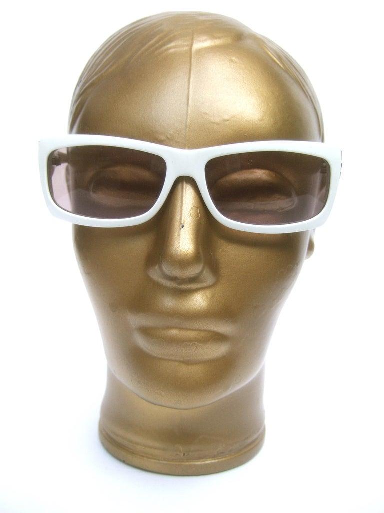 Women's Yves Saint Laurent Italian White Plastic Frame Sunglasses in YSL Case c 1990s For Sale