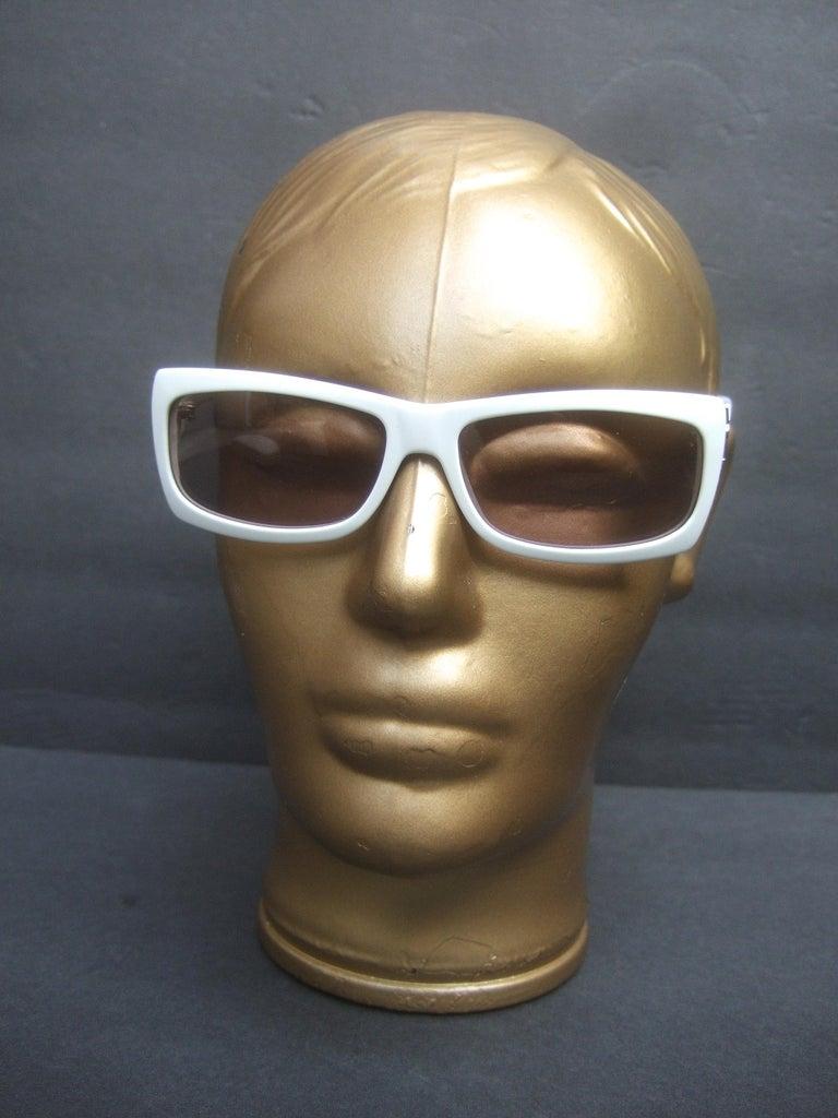 Yves Saint Laurent Italian White Plastic Frame Sunglasses in YSL Case c 1990s For Sale 3