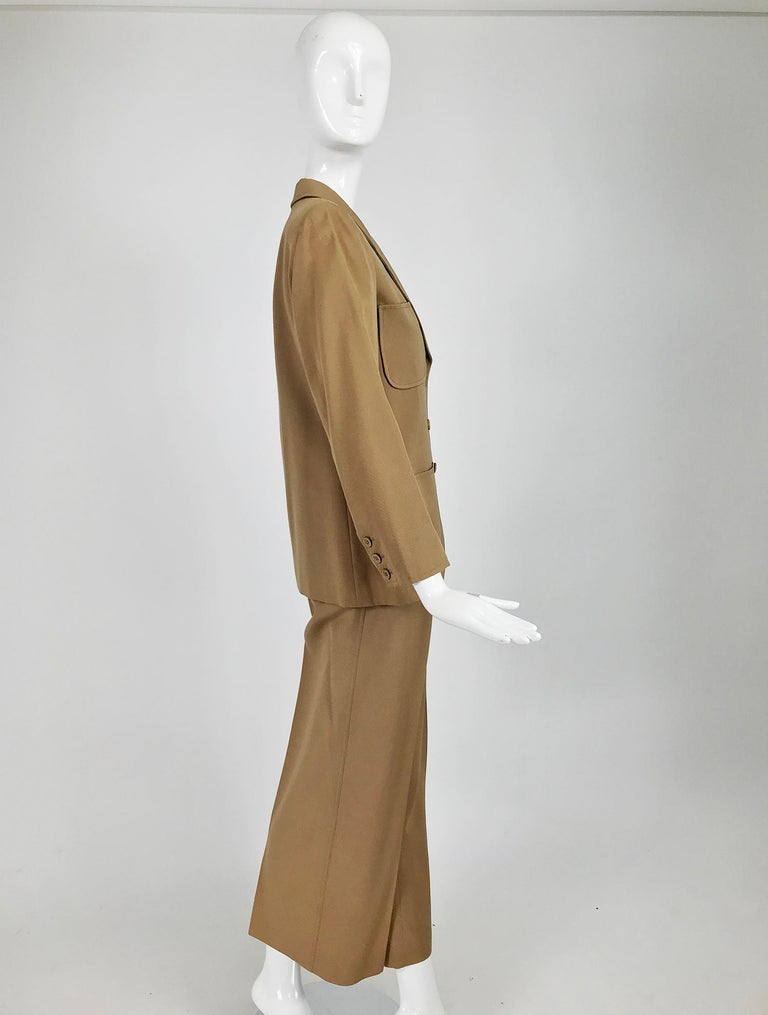 Yves Saint Laurent Khaki Tan Wool Twill Patch Pocket Pant Suit 1970s In Good Condition For Sale In West Palm Beach, FL