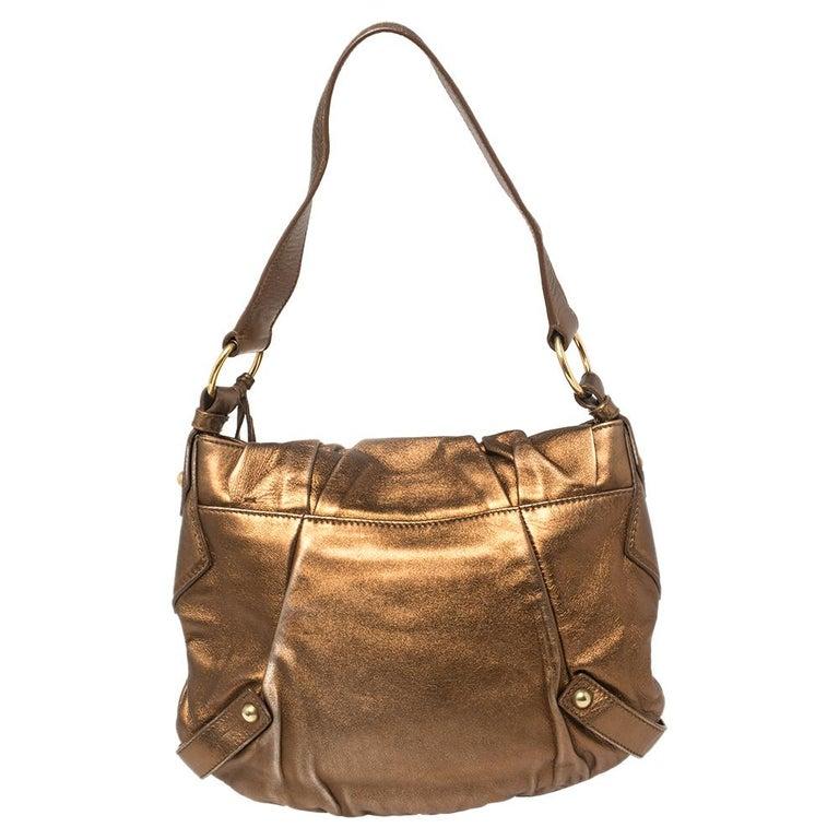 Yves Saint Laurent Metallic Bronze Leather Sac Bow Hobo In Good Condition For Sale In Dubai, Al Qouz 2