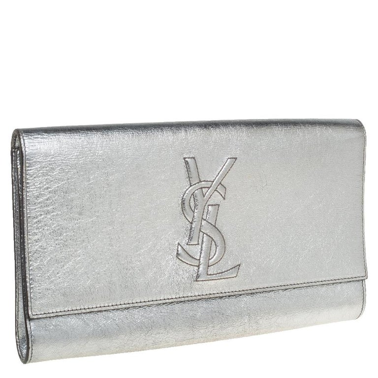 The Belle De Jour clutch by Saint Laurent is a creation that is not only stylish but also exceptionally well-made. It is a design that is simple and sophisticated, just right for the woman who embodies class in a modern way. Meticulously crafted