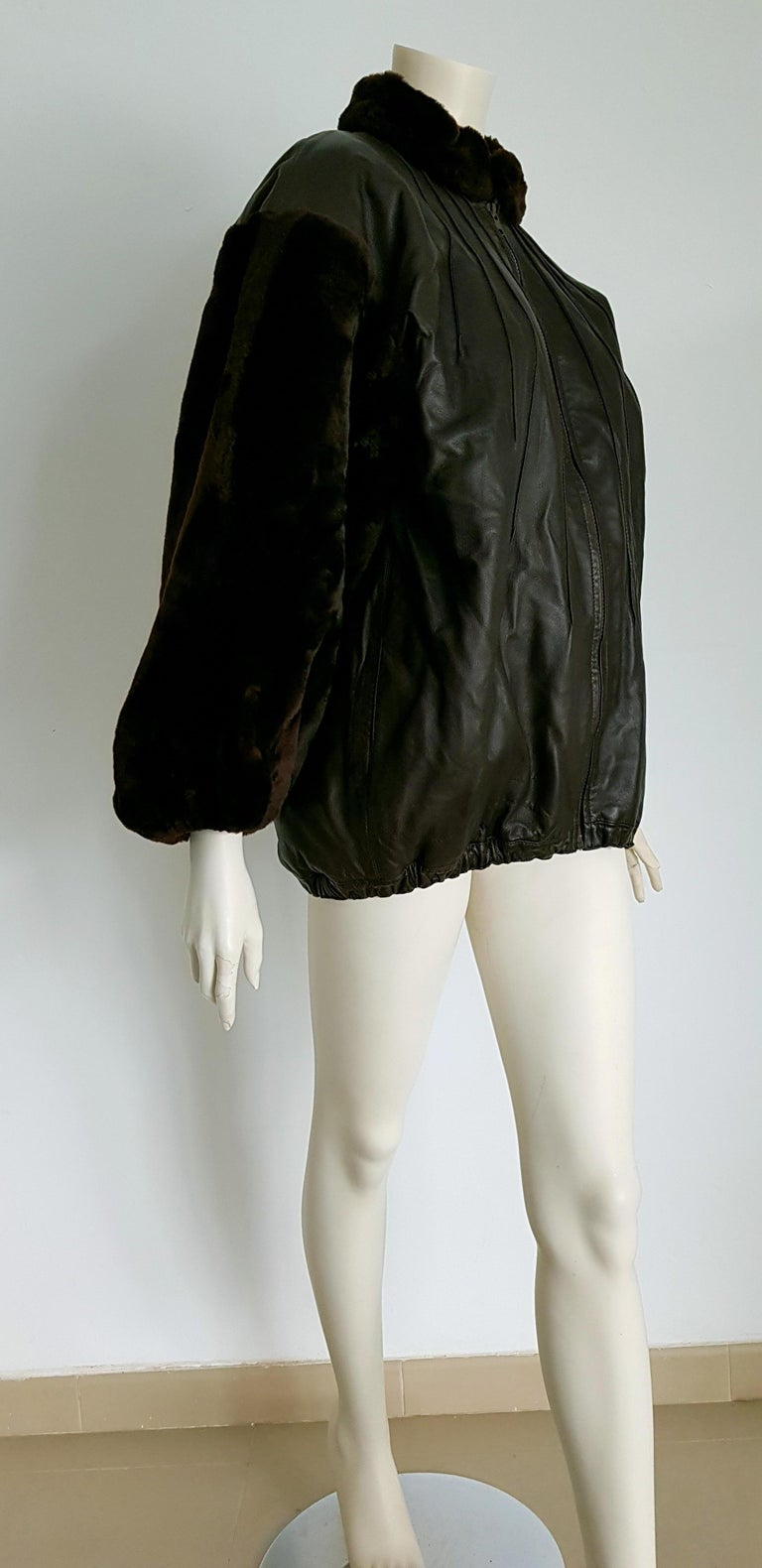Yves SAINT LAURENT beaver Sleeves and Neck, Lambskin leather, Natural fur lined, Dark Brown acket  - Unworn, New.  SIZE: equivalent to about Small / Medium, please review approx measurements as follows in cm: lenght 74, chest underarm to underarm