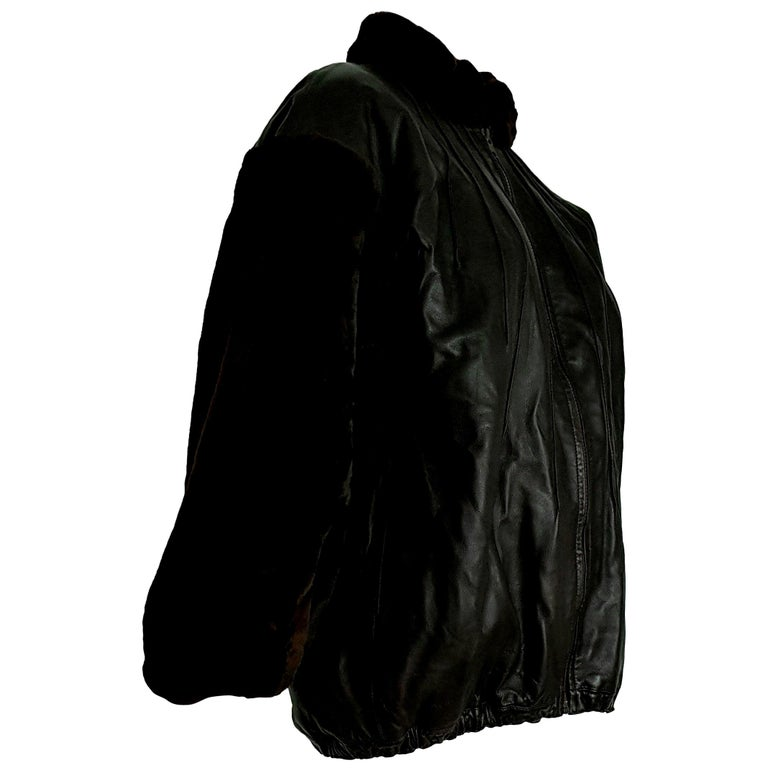 "Yves SAINT LAURENT ""New"" Sleeves Neck Beaver Lambskin Jacket Fur Lined - Unworn For Sale"