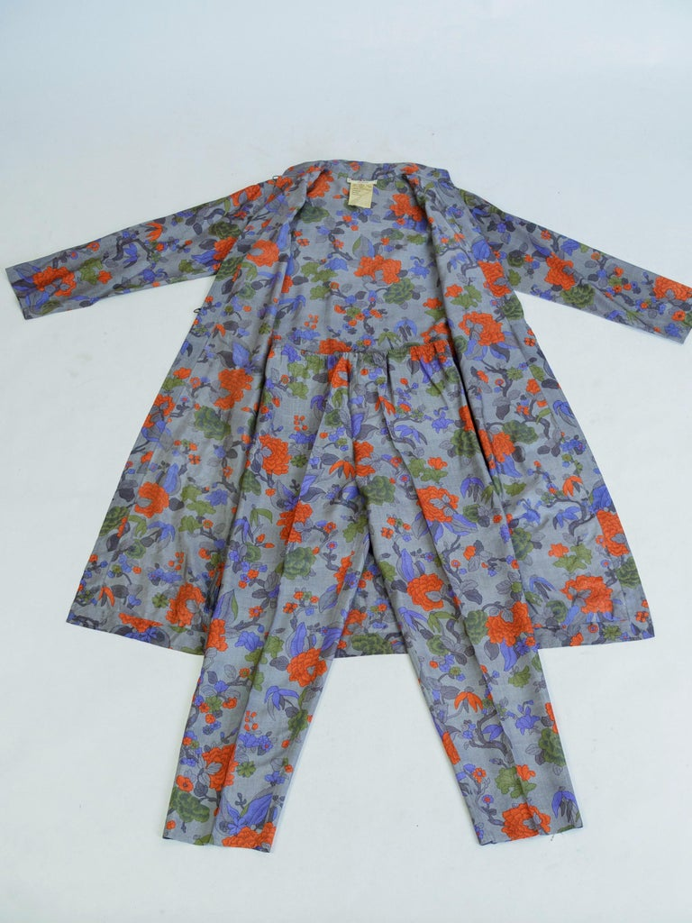 Gray Yves Saint Laurent Rive Gauche set in printed silk number 55220 Fall Winter 1979 For Sale