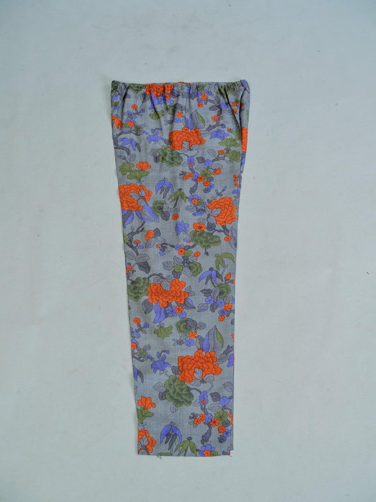Yves Saint Laurent Rive Gauche set in printed silk number 55220 Fall Winter 1979 For Sale 2